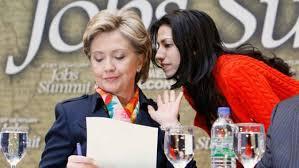 Clinton'ın kulağı Hüma Abedin'de...